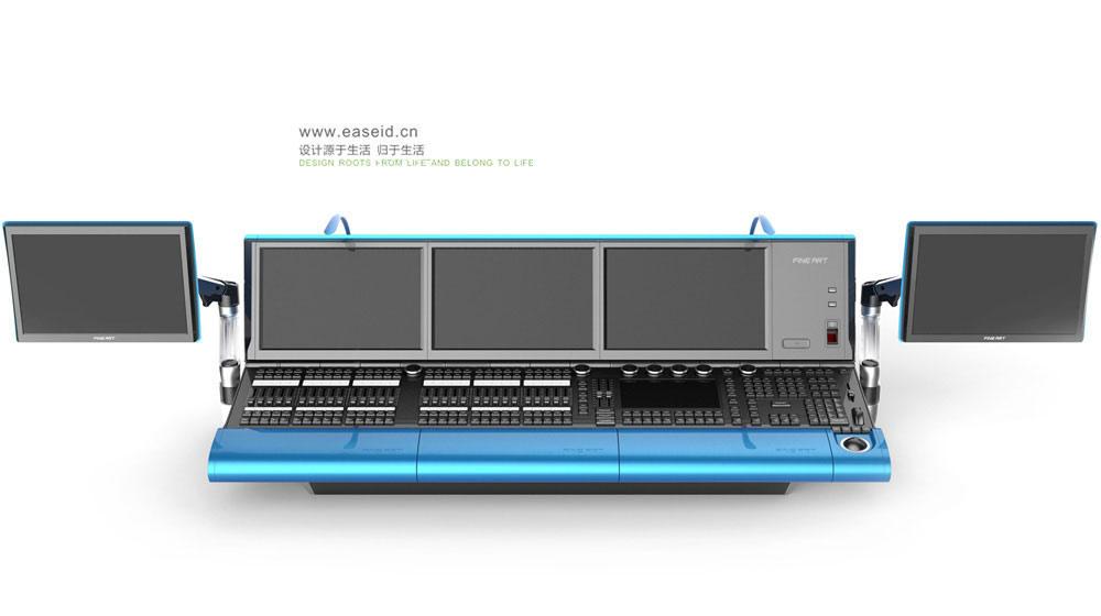 创新性 TEKMAND-是彩熠灯光最新自主研发的灯光控制台,该控制台可控制各种类型的灯光设备,如常规型灯具、摇头灯、视频及媒体数字灯等。配备的尖端技术,在各种照明领域都能应付自如。对于所有调光通道及外接设备,它可以通过多种模式,实现直观、快速的控制。此外,新开发的推杆侧翼又为系统加上多达60个程序执行推杆,可以进行几乎无限数量的翻页。产品获得3项发明专利。 实用性 图文并茂的操作界面,详细直观地显示每个灯具的效果;可视化的2D编程功能,实现分别控制,更加简易精确,快速模拟逼真的3D舞台效果,方便离线编程。